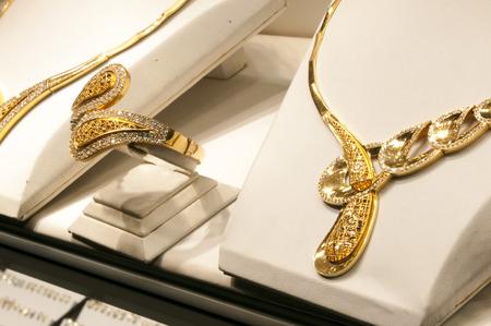 Photo pour Golden accessories - image libre de droit