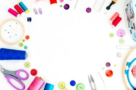Photo pour Flat lay composition with scissors and sewing supplies on white background. Space for text. - image libre de droit