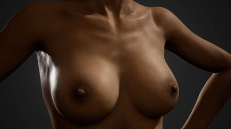 Photo pour Beautiful naked body of young and sexy woman - image libre de droit