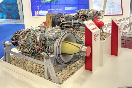 Photo pour KUBINKA, MOSCOW OBLAST, RUSSIA - JUN 16, 2015: The turboshaft engines for helicopters, production Klimov Experimental Design Bureau at the International military-technical forum ARMY-2015 in military-Patriotic park - image libre de droit