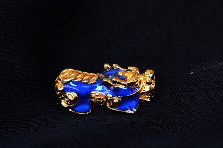 Gold PiXiu, Chinese style amulet for healthy and wealthy, unisex accessories by making bracelet or decorating on working table and office, have space for write wording