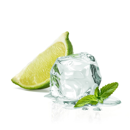 Photo pour Slice of lime wedges, ice and mint isolated on white background - image libre de droit
