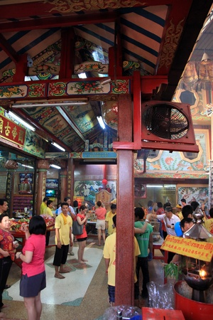 BANGKOK - JANUARY 23 : Chinese New Year 2012 - Praying in temple in Chinatown, Bangkok, Thailand on 23rd January 2012