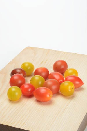 Color varied tomatoes