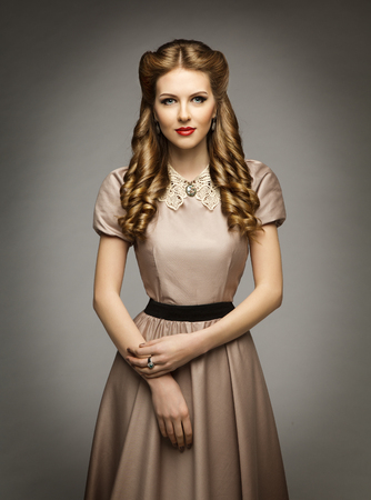 Photo pour Woman Victorian Historical Age Dress, Beautiful Curly Hairstyles, Brown Clothes with Collar - image libre de droit