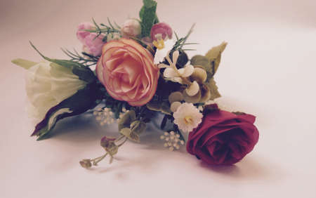 Photo pour Valentine \ 's Day-Bouquets of roes, can be used as card. - image libre de droit