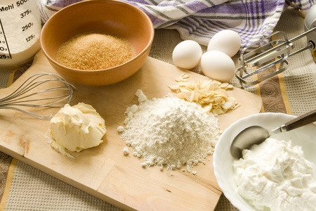 Baking utensils and ingredients for baking a pie