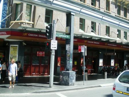 Pub on Liverpool Street