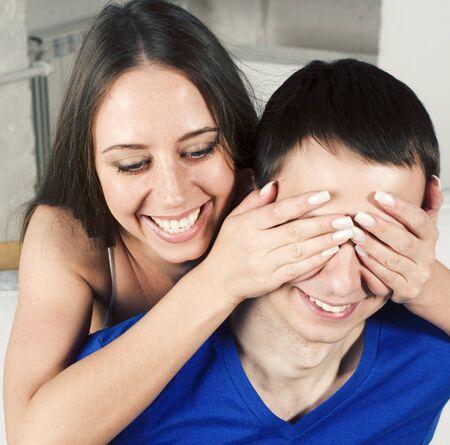 Photo pour young pretty couple at home smiling happy hugging, lifestyle people concept - image libre de droit
