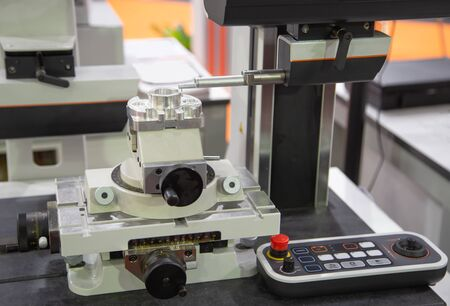 Hybrid Surface Texture Measuring System for surface roughness and contour measurement