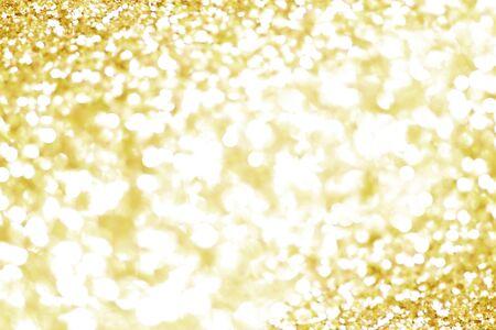 Photo pour Gold bokeh texture. Festive glitter background with defocused lights - image libre de droit