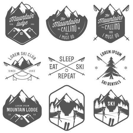 Illustration pour Set of vintage skiing labels and design elements - image libre de droit