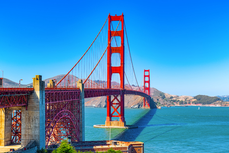 Foto für Panorama of the Gold Gate Bridge and the other side of the bay. San Francisco, California, USA. - Lizenzfreies Bild
