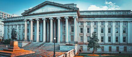 Foto für Washington, DC, USA - September 09,2017 : Facade US Treasury Department and Inspector General Office. - Lizenzfreies Bild