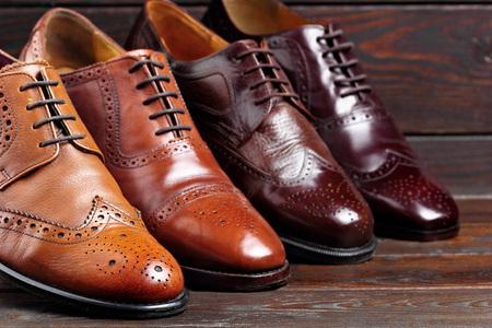 Foto de Fashion classical polished men's brown oxford brogues.Selective focus - Imagen libre de derechos