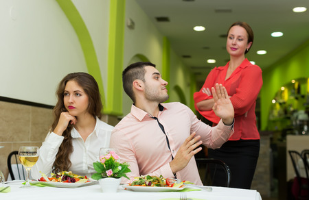 Visitors doesn't like the service at restaurant