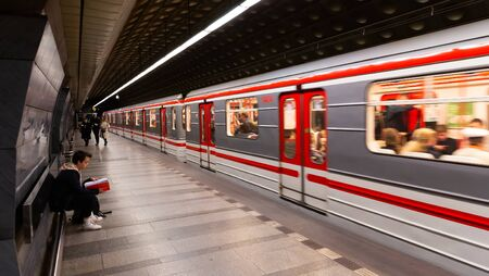 Photo pour PRAGUE, CZECH REPUBLIC - OCTOBER 13, 2019: View of modern train at Malostranska station on Line A of Prague metro - image libre de droit
