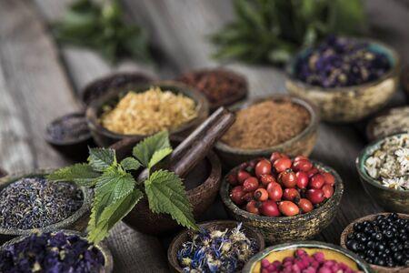 Foto de Alternative medicine, dried herbs background - Imagen libre de derechos