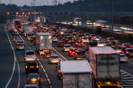 Photo pour Watford, UK - September 24, 2017: Evening traffic jam on British motorway M1.M25/M1 junction. - image libre de droit