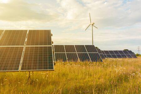 Photo pour Solar panels at sunset, photovoltaic, alternative source of energy. - image libre de droit