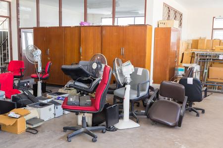 Photo pour Abandoned office equipments - image libre de droit