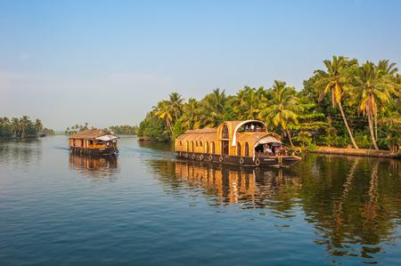 Photo pour Backwaters of Kerala, India - image libre de droit