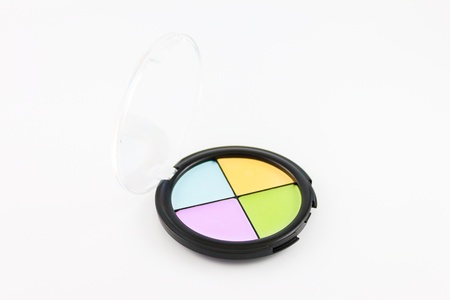 Eye shadow case in four different tones