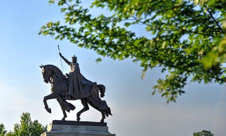 Photo pour Apotheosis of St. Louis statue of King Louis IX of France, namesake of St. Louis, Missouri in Forest Park, St. Louis, Missouri. - image libre de droit