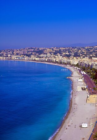 Photo pour The Promenade des Anglais on the Mediterranean Sea at Nice, France along the French Riviera. - image libre de droit