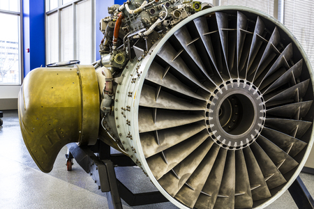 Photo pour Indianapolis - Circa January 2017: Exterior of a Rolls-Royce F402 Pegasus Jet Engine, used in the VSTOL AV-8B Harrier II a - image libre de droit
