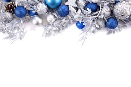 Photo pour Christmas border with traditional decorations. Space for copy. - image libre de droit