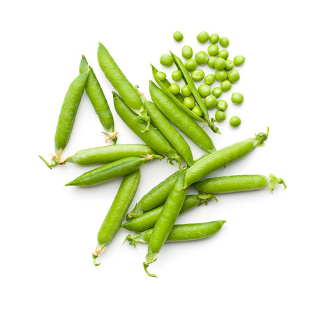 Photo pour fresh green peas on white background - image libre de droit
