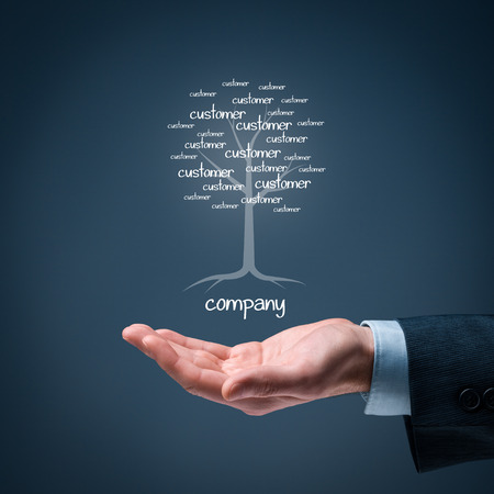 Photo pour Company and customers metaphor. Company as a root of tree and customers as leaves of tree. - image libre de droit