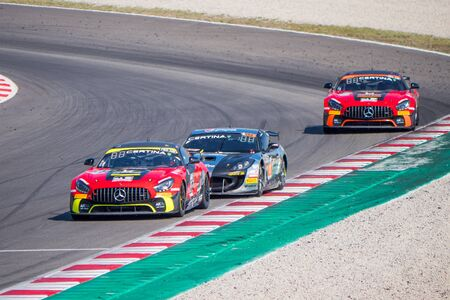 Photo pour montmelo, barcelona, ??? ? ?spanish, september, 30,2018, circuit car racing - image libre de droit