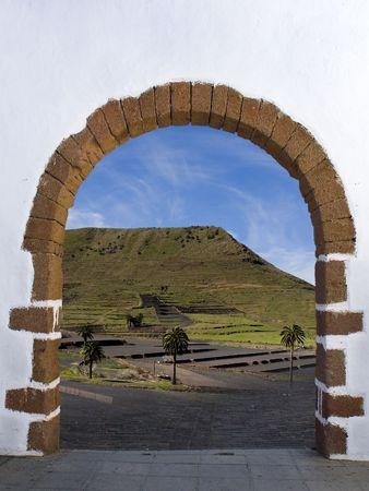 arco en pueblo de Haria en Canarias