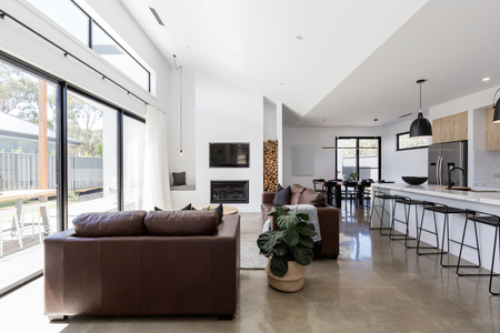 Foto de Stunning contemporary open plan spacious living and dining room - Imagen libre de derechos