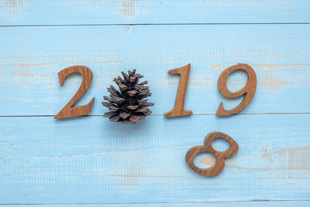 Foto für 2018 - 2019 number with Christmas decorations on wooden background, Business Goals, Mission, Resolution, New Year New You concept - Lizenzfreies Bild