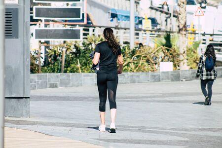 Photo pour Tel Aviv Israel December 31, 2019 View of unidentified people walking on Herbert Samuel Promenade in Tel Aviv in the afternoon - image libre de droit