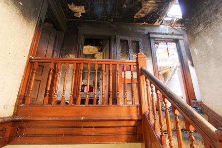 Photo pour Fire Damage In Home - image libre de droit