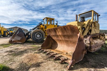 Photo pour Fleet of excavator machines for rent or sale - image libre de droit