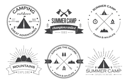 Ilustración de Set of vintage summer camp badges and other outdoor emblems and labels.  - Imagen libre de derechos