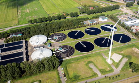 Photo pour ROTTERDAM, THE NETERLANDS - Aerial view of a water treatment plant in the Port of Rotterdam. - image libre de droit