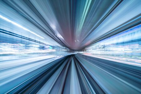 Photo pour Motion blur of train moving inside tunnel with daylight in tokyo, Japan. - image libre de droit
