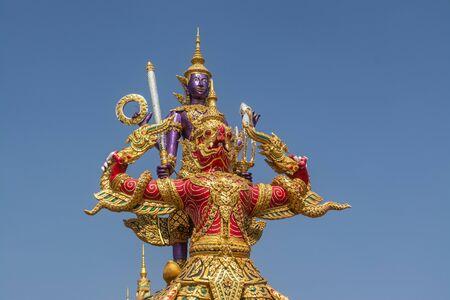 Photo pour Fine Arts Statue Thai culture has a unique and colorful style in Bangkok of Thailand - image libre de droit
