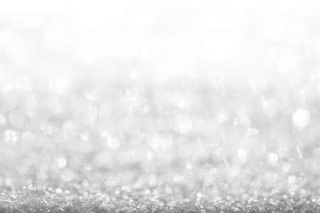 Photo pour white, silver glitter vintage lights background defocused for festivals and celebrations - image libre de droit