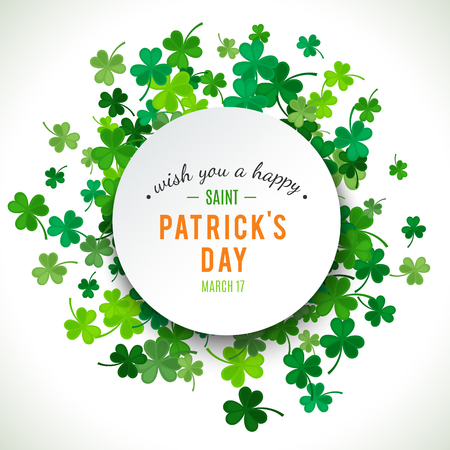 Illustration pour St Patrick's Day background. Vector illustration for lucky spring design with shamrock. Green clover border and round frame isolated on white background. Ireland symbol pattern. Irish header for web. - image libre de droit