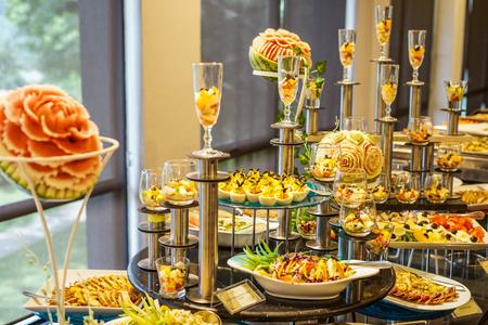 Foto de Wedding cuisine (buffet buffet) - Imagen libre de derechos