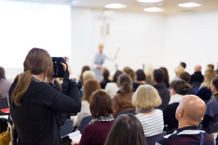 Foto de Business Conference and Presentation. Audience at the conference hall. Press conference. - Imagen libre de derechos