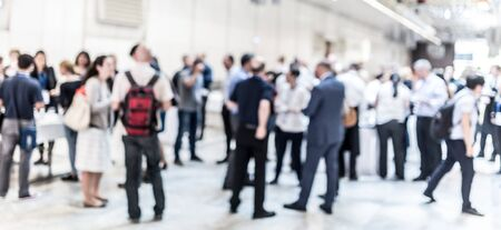 Photo pour Blured image of businesspeople at coffee break at conference meeting. Business and entrepreneurship. - image libre de droit