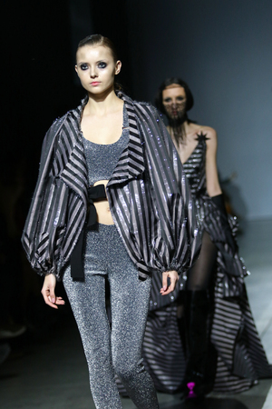 Foto per KYIV, UKRAINE - FEBRUARY 3, 2019: Details of a creation by designer Julia AYSINA during 44th Ukrainian Fashion Week season Fall/Winter 2019/20 at Mystetskyi Arsenal in Kyiv, Ukraine - Immagine Royalty Free